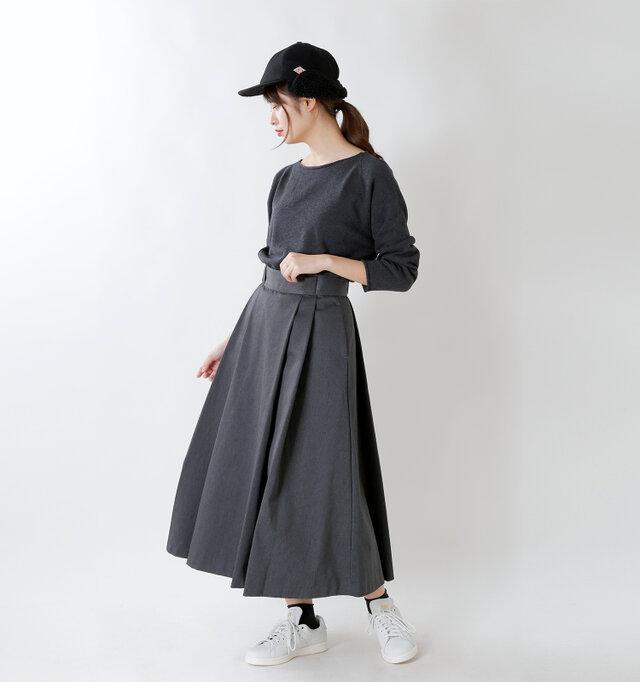 model kanae:167cm / 48kg color : black / size : F
