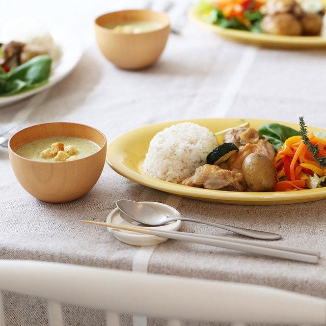 お箸やカトラリーたちは、 毎日の食事で一番使う大切なもの。 今日は、脇役じゃなく主役です!