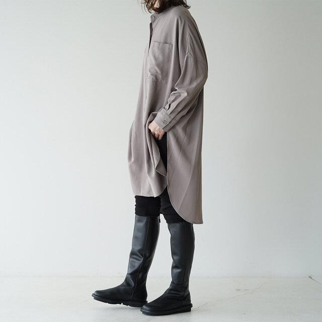 モデル:165cm / 50kg color : black / size : 37(23.5cm〜24.0cm)