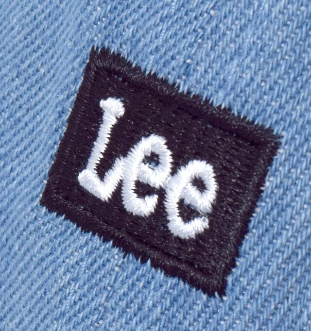 ちいさなロゴ刺繍がカジュアルなアクセントに。