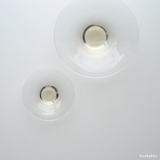 (左)ディッシュS  9cm(右)ディッシュL 15cm