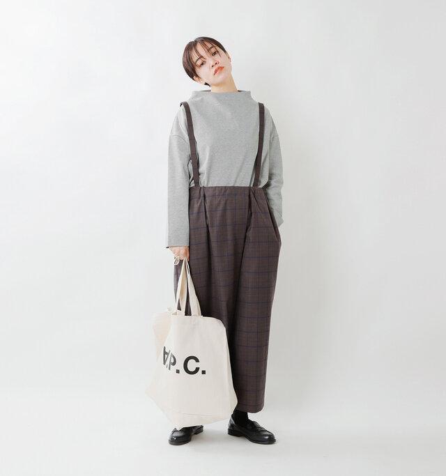 model saku:163cm / 43kg  color : 杢 gray / size : 1