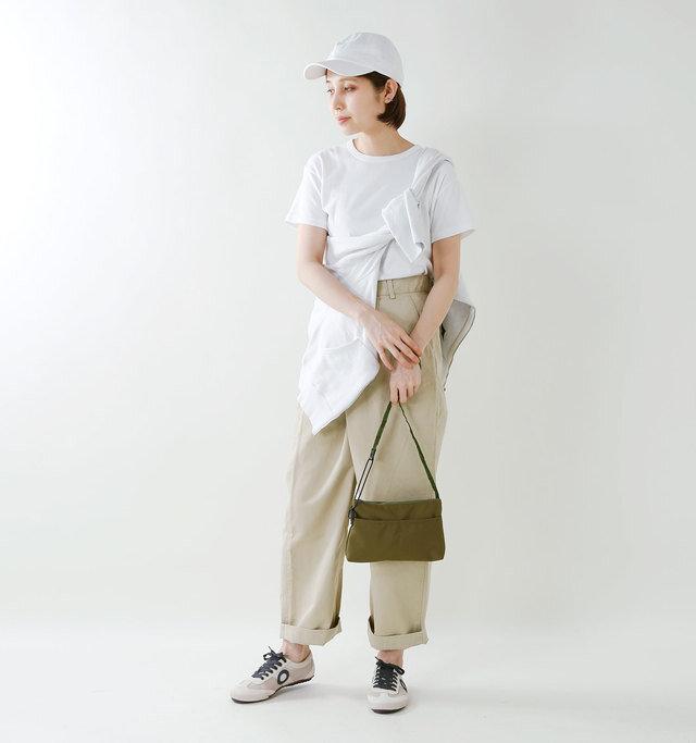 model yama:167cm / 49kg color : milk / size : 38