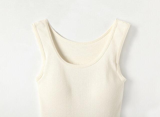 透けにくく着やすいベーシックなチューブテレコ素材で、毎日着たくなる気持ちよさを実現しました。