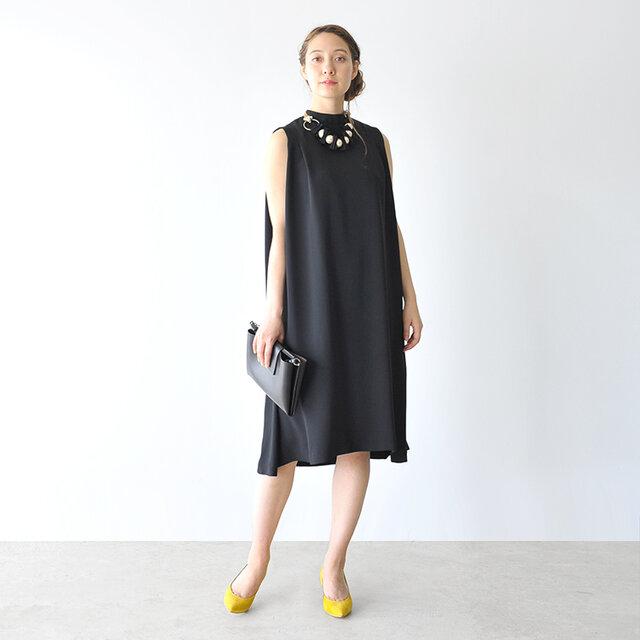 モデル:164cm / 46kg color : black / size : 36(S)