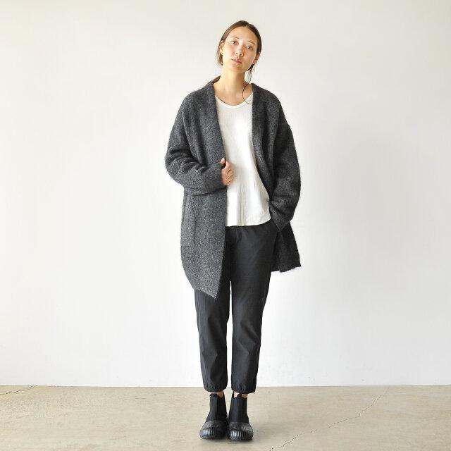 モデル:164cm / 46kg color : ブラック / size : M(Women's)
