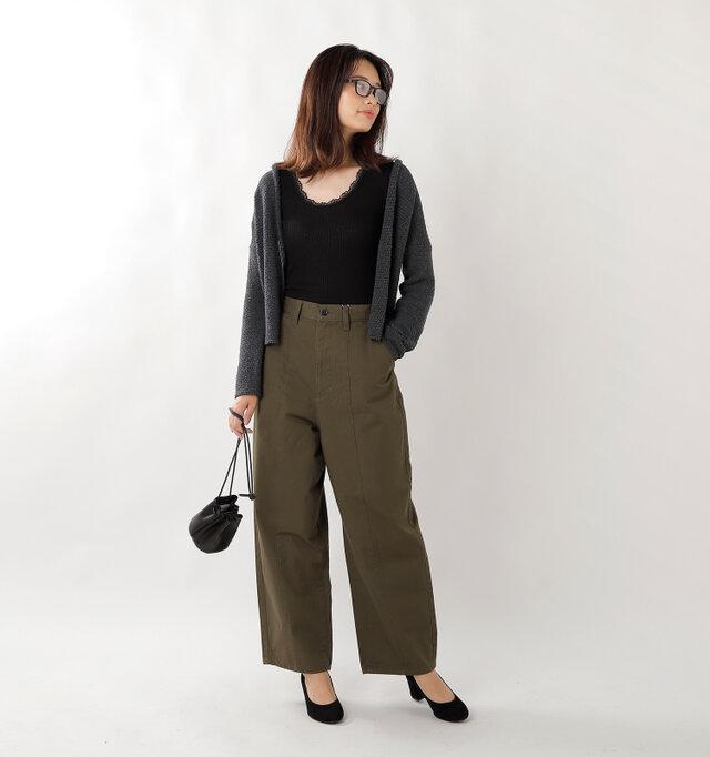 model kanae:167cm / 48kg color : black / size : S-M