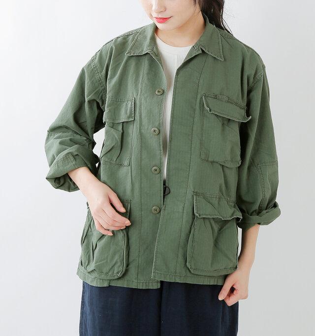 細かなディテールにこだわりが詰まったミリタリーテイスト溢れるジャケット。