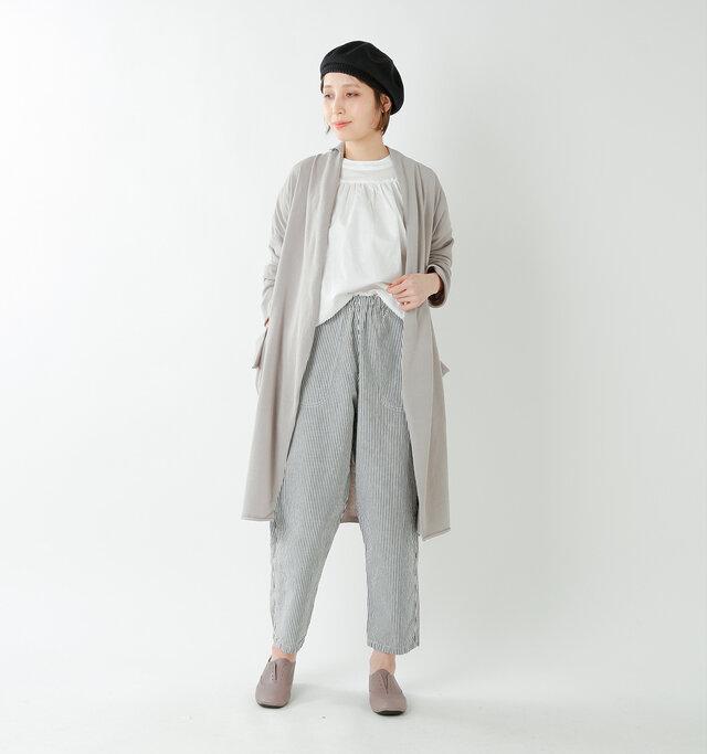 model yama:167cm / 49kg color : grege / size : 38