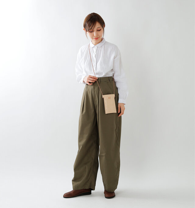 model yama:167cm / 49kg color : nude / size : one