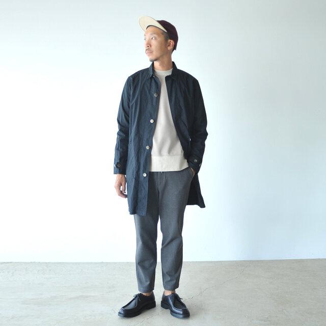 モデル:180cm / 72kg color : sumikuro / size : 3(Men's L)  豊富なサイズ展開とユニセックスなデザインで男性の方にもおすすめ。 日常に心地よく溶け込む、ワーク感漂うアイテムです。