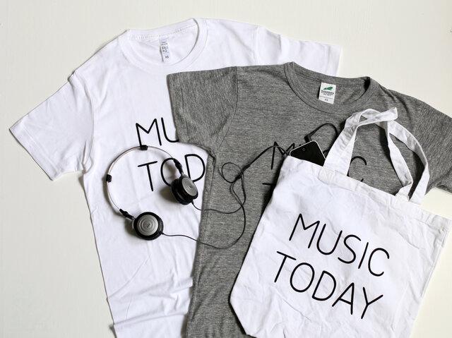 お揃いのTシャツと合わせて持っても素敵です!