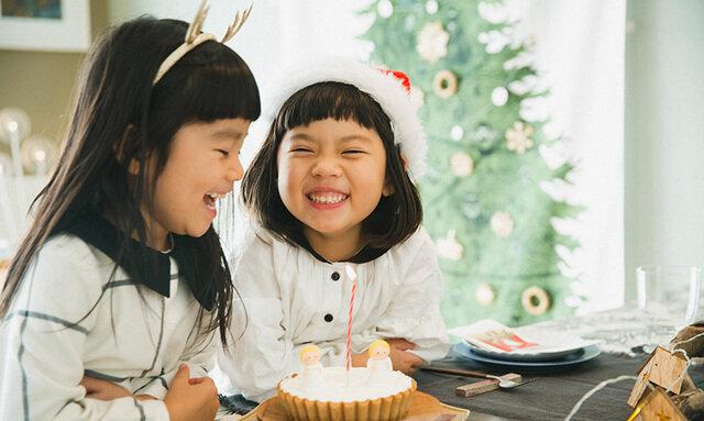 好きなオーナメントを飾ったら、クリスマスパーティのはじまり☆