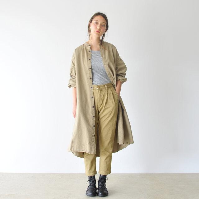 モデル:164cm / 46kg color : chino(col.47) / size : 1(S)