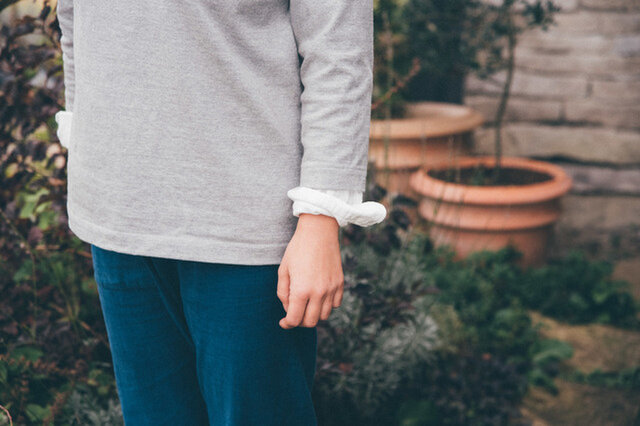 袖口はこんな感じ着るのもかっこいいですね。 ※着用しているカラーは、サイズが同じ別商品になります。