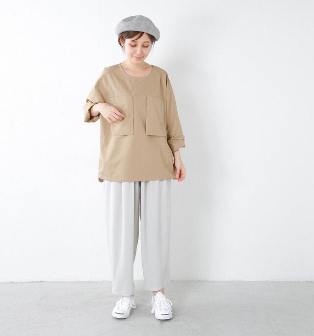 model yama:167cm / 49kg color : gray / size : M