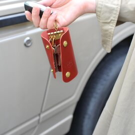 IL BISONTE|イルビゾンテ スナップボタン3つ折りキーケース・5412305250