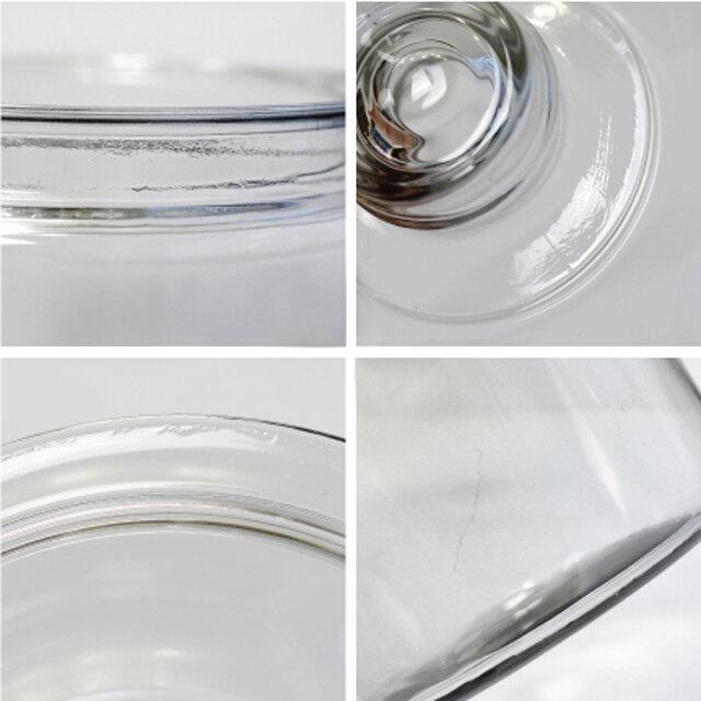 左上、左下|製造工程上、ガラス表面にシワのような表情や気泡が見られる場合がございます。 右上|ガラス表面にヘアライン状の線が見られる場合がございます。 右下|ガラス表面に小傷が見られる場合がございます。 予めご了承の上ご注文いだたきますようお願いいたします。