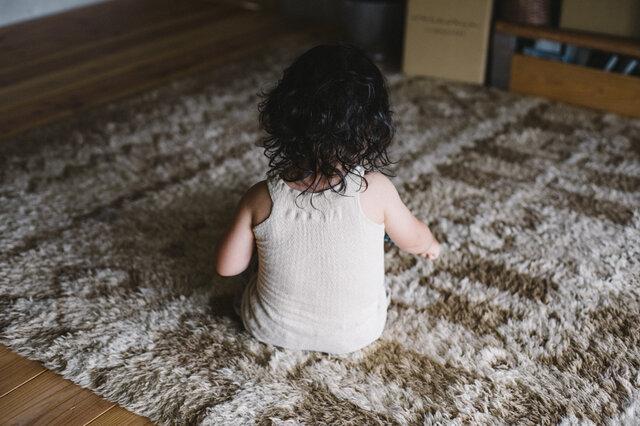 1歳10ヵ月。1歳の頃から愛用しています。まだまだ着られそう。