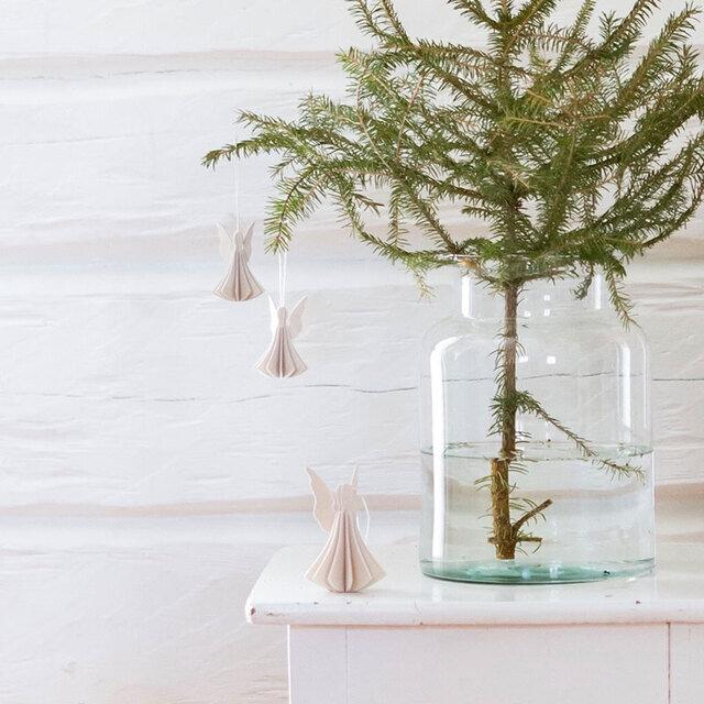 おなじくloviのエンジェル。9.5cmと6.5cmのものがあります。クリスマスのオーナメントとして飾ってみてはいかがでしょうか。