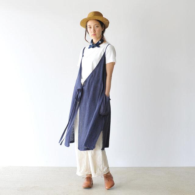 着るほどに生地の風合いが増していく、愛着の湧くスペシャルな一着。ベーシックな形とお手ごろなプライスで、思わず色違いで揃えたくなるほど便利なTシャツに仕上がっています。