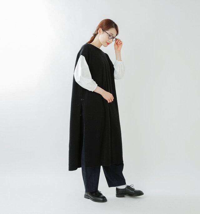 model mizuki:168cm / 50kg  color : black/ size : F