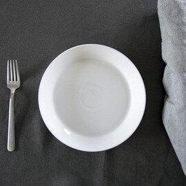 白磁の平皿