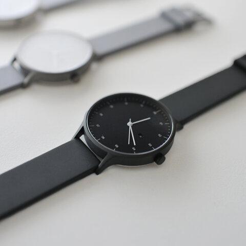 INSTRMNT|レザーラバーストラップリストウォッチ アナログ腕時計・ 3280 インストゥルメント