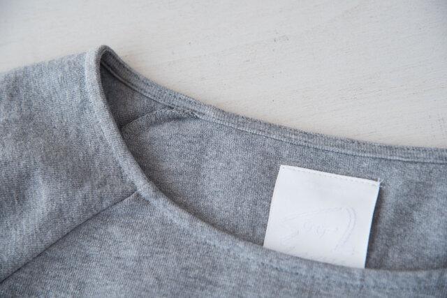 襟ぐりも伸びないように工夫が施されてます。ただ返して縫ったわけじゃないんです。