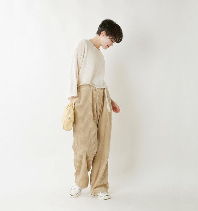 model saku:163cm / 43kg  color : beige / size : M