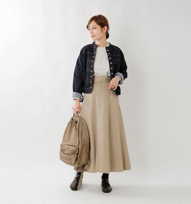 model yama:167cm / 49kg color : sand / size : 0  分厚過ぎない程よい厚みとなっていますので、秋や春など季節の変わり目から着て頂けます。