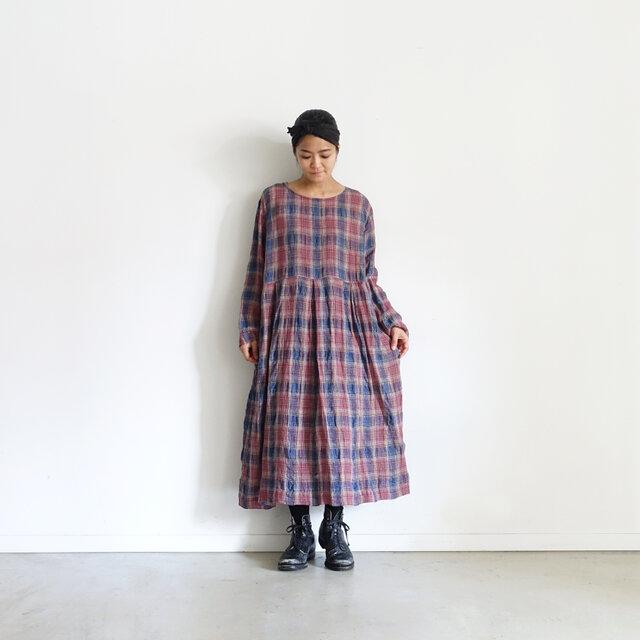 (Model 158cm、Pink着用)