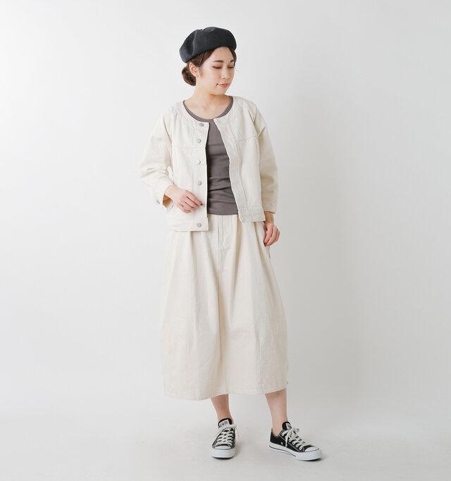 model hikari:165cm / 48kg color : kinari / size : M