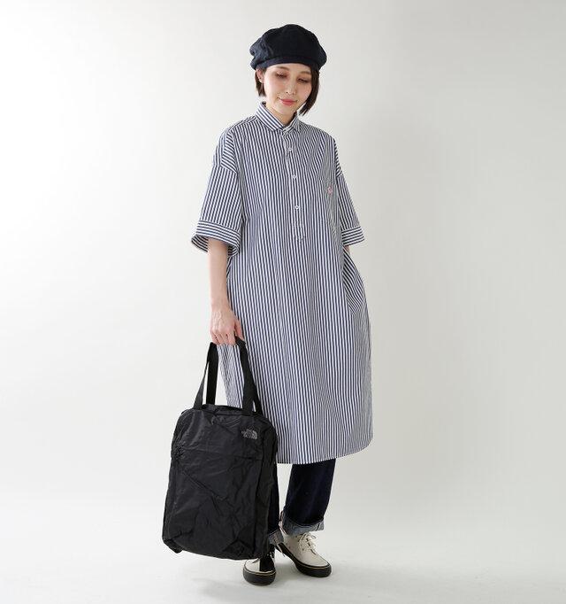 model yama:167cm / 49kg color : black / size : 18L