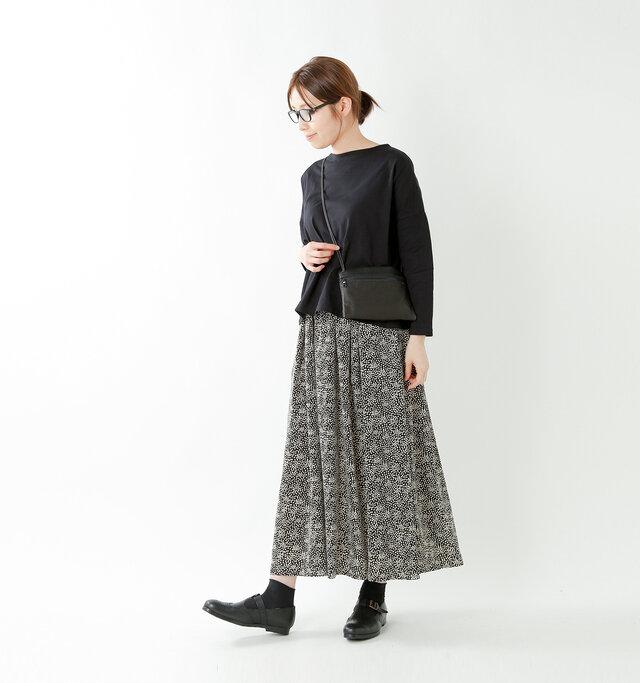 model yama:167cm / 49kg color : black / size : 1