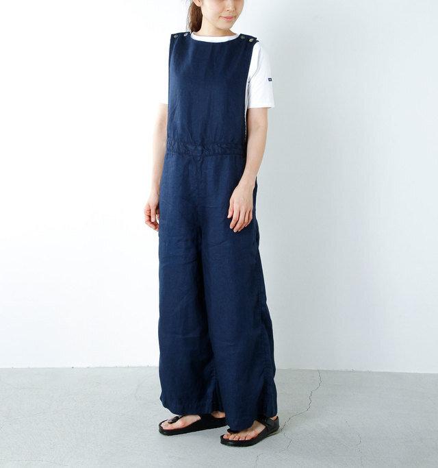 model yama:167cm / 49kg color : navy / size : F