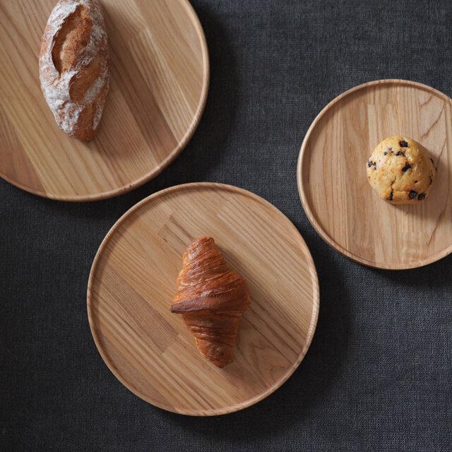 お皿のサイズは、それぞれ3種類ご用意しております。