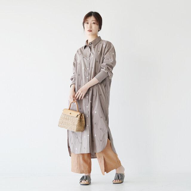 モデル: 166cm / 47kg color:grey(5690039) / 7(23.5cm~24.0cm)