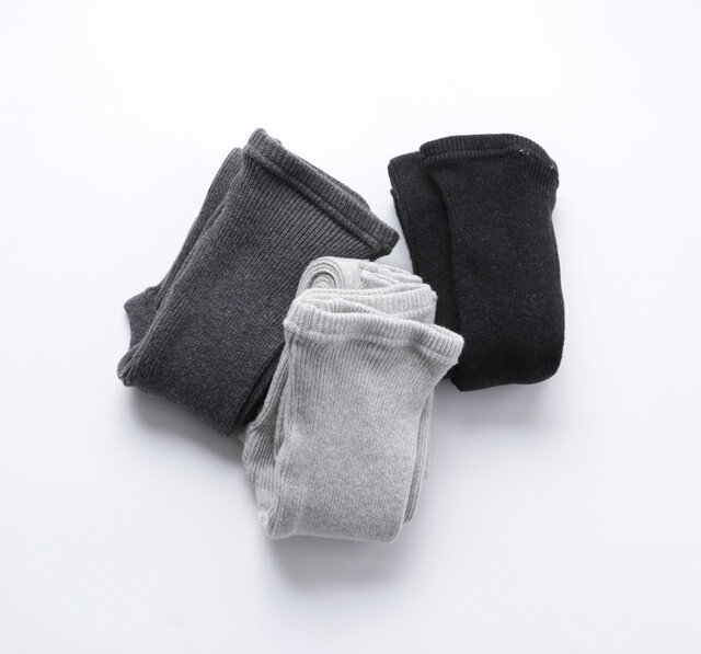 color:チャコールグレー、ライトグレー、ブラック