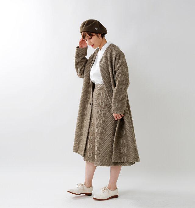 model yama:167cm / 49kg color : beige / size : 1