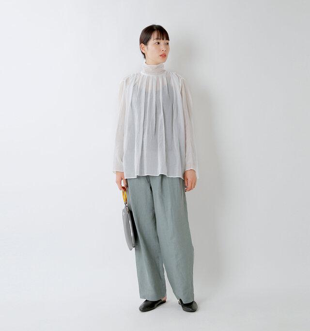 model mizuki:168cm / 50kg  color : white / size : F