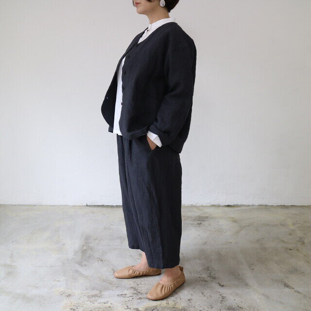 85/チャコール(着用モデル身長155㎝)