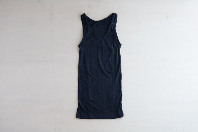 ノースリーブアンダーシャツ