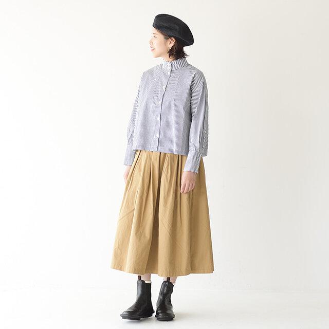 モデル:Kaya / 157cm / 47kg color : beige(col.301) / size : 1(M)