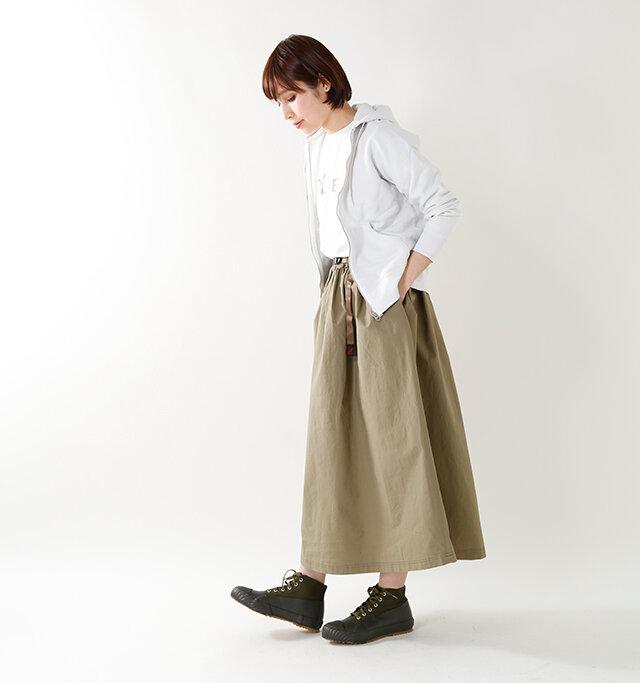 model yama:167cm / 49kg color : khaki / size : 24.0cm