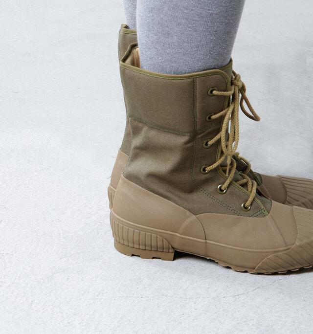 一番冷えやすい足首をしっかりカバーしてくれるミドル丈ブーツはこれからの季節、頼もしい味方になってくれます。