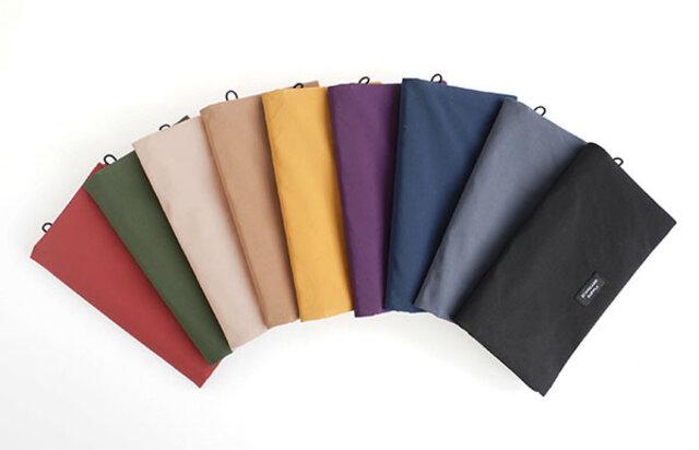 SIMPLICITYシリーズでは展開していないカラーも含め、9色の展開です。
