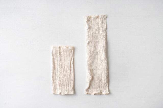 左がショートサイズ(新商品)、右がロングサイズ(旧商品)となります。