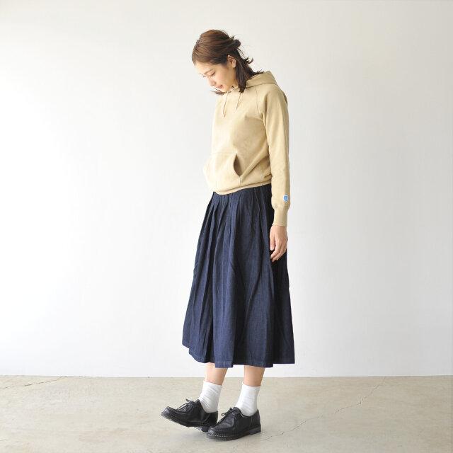 モデル:Mayu / 170cm / 54kg color : indigo(col.016) / size : 1(M)