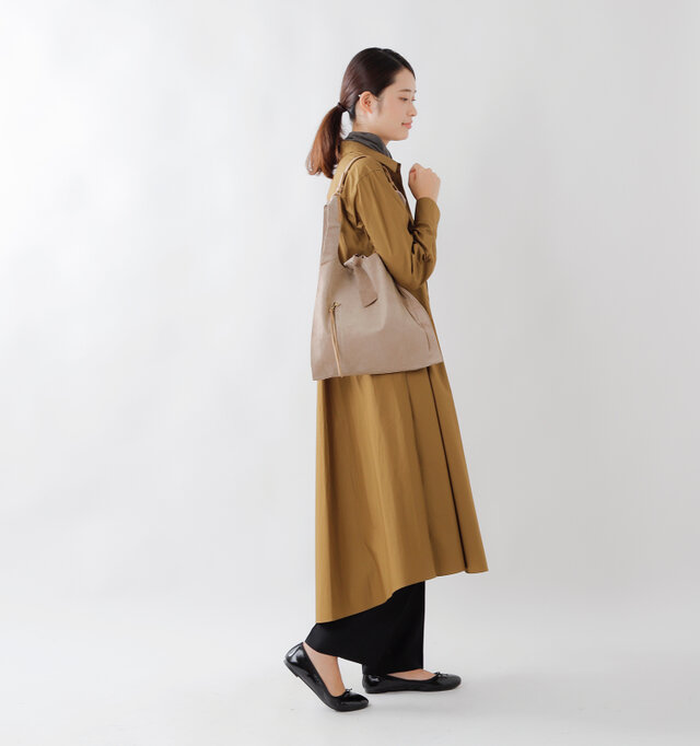 model kanae:167cm / 48kg color : camel / size : F